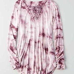AE long sleeve v neck knot t shirt tie dye top M